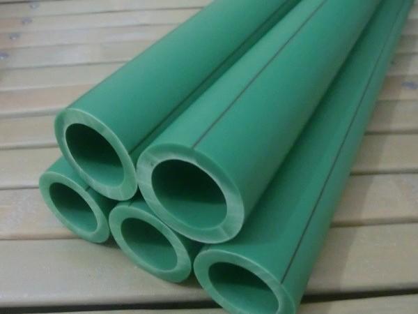 河南洁尔康建材告诉你ppr双色给水管和ppr水管有什么区别